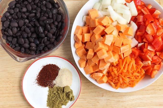ingredients in vegetarian black bean soup
