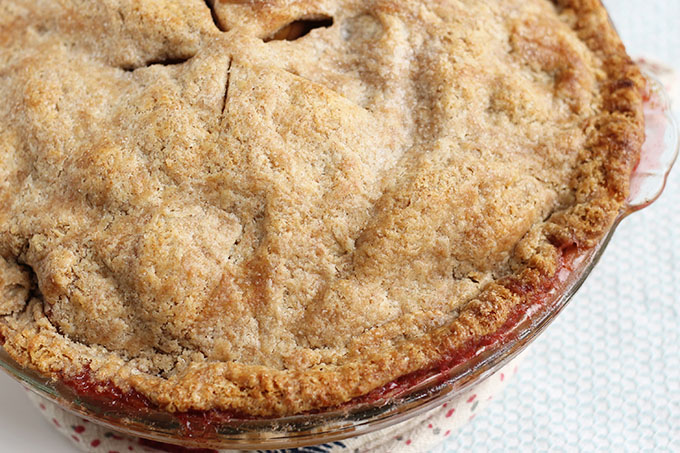 baked cranberry apple pie