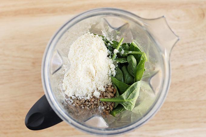making spinach pesto