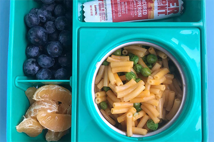 mac and cheese with peas with berries