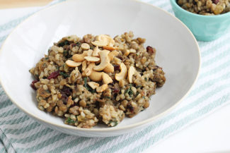 One-Pot Vegetarian Rice and Lentils with Dried Fruit